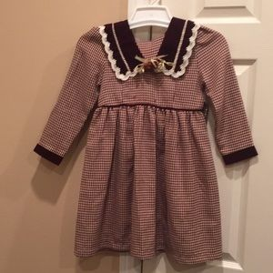 Cupid dress with velvet trim and matching hat
